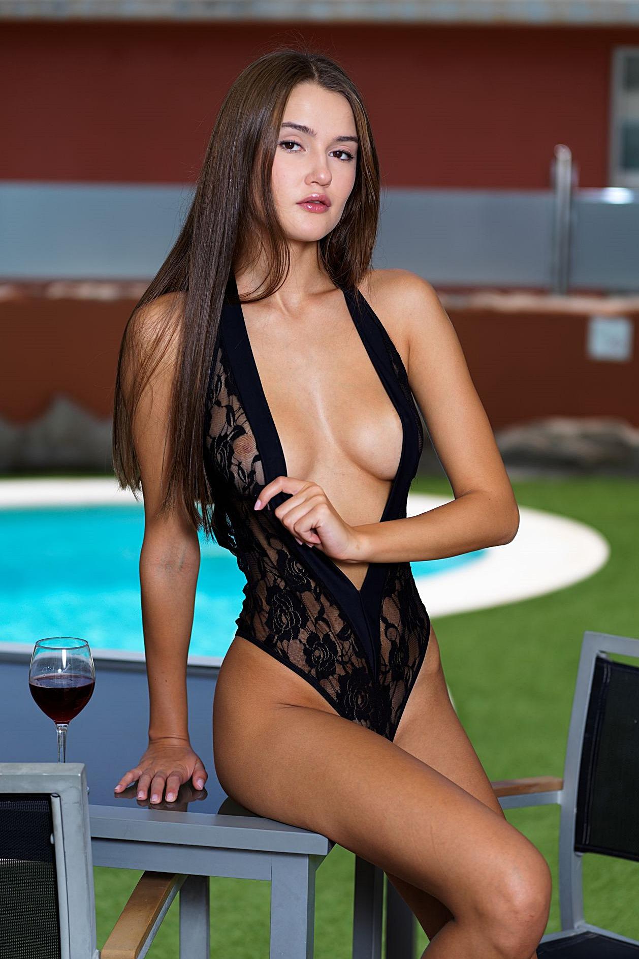 Presenting Sonya Blaze